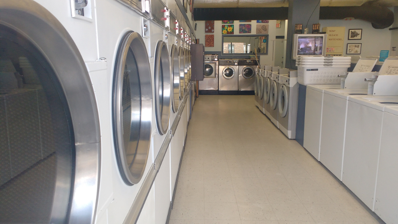 LUX LAUNDROMAT SELF SERVE WASHERS & DRYERS